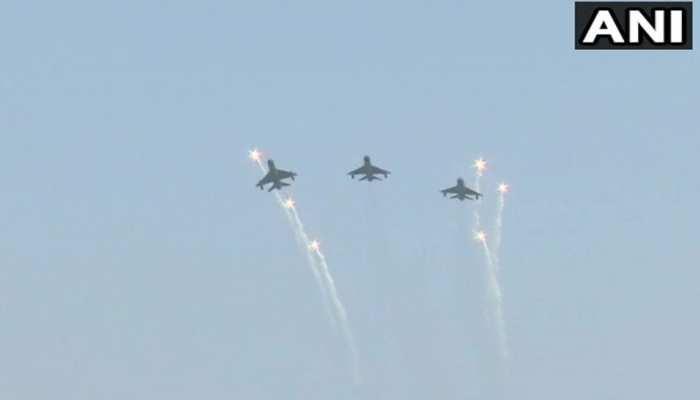 वायुसेना दिवस पर विंग कमांडर अभिनंदन वर्धमान ने हिंडन एयरबेस से उड़ाया MiG Bison Aircraft