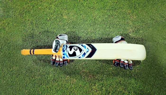 क्रिकेट: पाकिस्तान में अंपायर को मैच के दौरान आया हार्ट अटैक, मौत