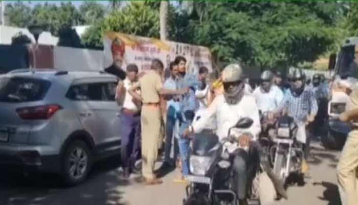 राजस्थान: गाड़ी पार्किंग को लेकर NSUI प्रदेशाध्यक्ष और पुलिस के बीच हुई कहासुनी