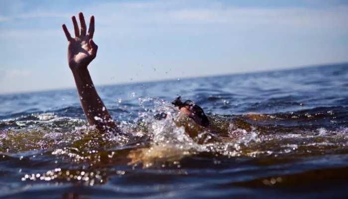 बिहार: मूर्ति विसर्जन के दौरान नहर में डूबने से 2 युवक की मौत, शव की तलाश जारी