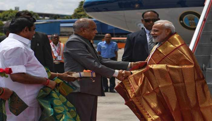 PM मोदी पहुंचे महाबलीपुरम, बोले, खुशी हो रही है कि तमिलनाडु जिनपिंग की मेजबानी कर रहा है