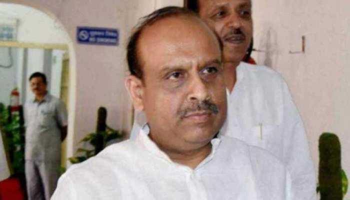 BJP का केजरीवाल सरकार पर करारा हमला, DTC की खस्ता हालत पर उठाए कई सवाल