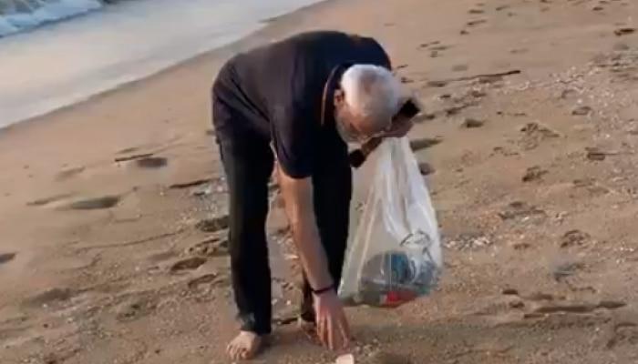 प्रधानमंत्री नरेन्द्र मोदी ने फिर से कायम की स्वच्छता की मिसाल