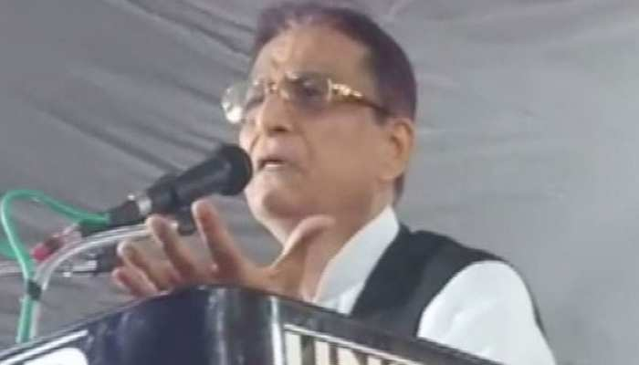 मंच से बोले आजम खान, 'मैंने अपनी इज्जत दांव पर लगा दी, 21 को फैसला आपके हाथों में है'