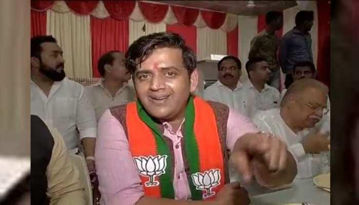 महाराष्ट्र में प्रचार करने पहुंचे रवि किशन ने कहा, 'बीजेपी को वोट, मतलब पाकिस्तान को चोट'
