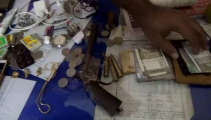 बाढ़: पटना- क्यूल ट्रेन में हुई लूटपाट, पुलिस ने 4 अपराधियों को किया गिरफ्तार