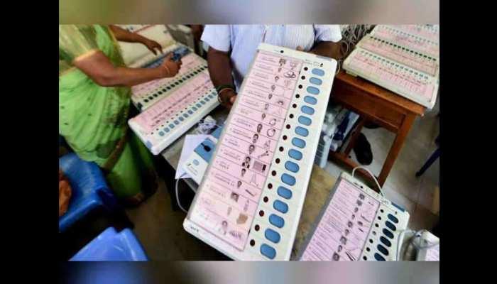 LIVE: राजस्थान में 2 सीटों पर शांतिपूर्वक हो रही वोटिंग, जानिए अब तक हुआ कितना मतदान
