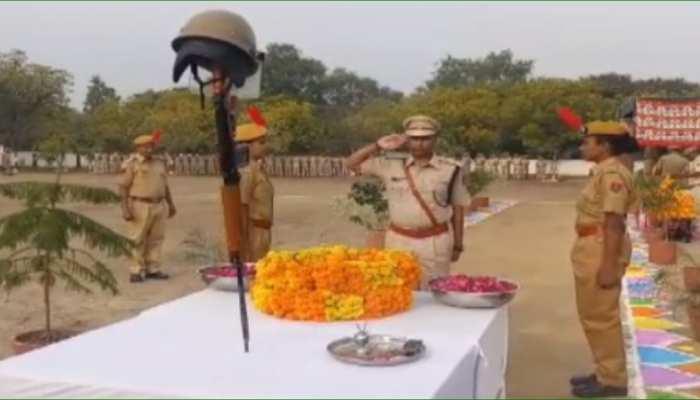 भीलवाड़ा: पुलिस शहीद दिवस के दौरान वीरों को दी गई श्रद्धांजली, रखा गया मौन
