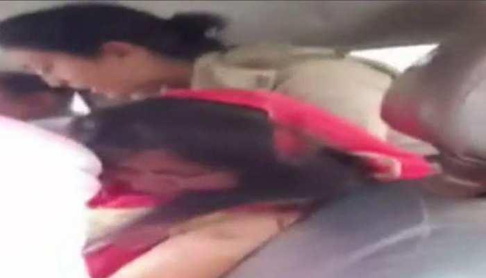 पश्चिम बंगाल में नहीं थम रही मॉब लिंचिंग, बच्चा चोर समझकर महिला को पीटा