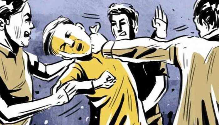 यमुना एक्सप्रेस-वे पर बदमाशों ने फिल्मी स्टाइल में दिया लाखों की लूट को अंजाम, मामला संदिग्ध
