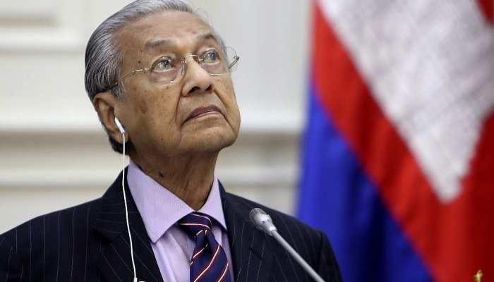 मलेशिया को मुश्किल में डाल रहे हैं महाथिर मोहम्मद, नहीं बदले तेवर