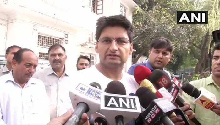 दीपेंदर हुड्डा के विवादित बोल- 'जो निर्दलीय BJP सरकार में शामिल होगा, जनता उसे जूता मारेगी'