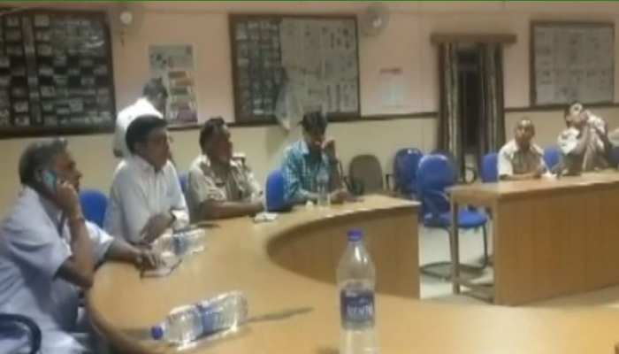 चौमूं: पूर्व विधायक भगवान सहाय सैनी ने ली अधिकारियों की बैठक, रामलाल शर्मा ने उठाए सवाल