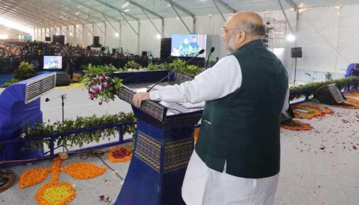आतंकवाद को लेकर अमित शाह ने कांग्रेस को घेरा! मनमोहन सिंह को बताया 'मौनी बाबा'