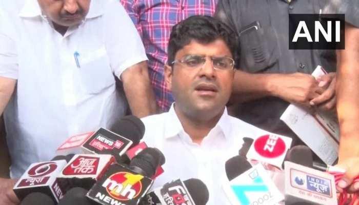 सरकार में शामिल होने पर दुष्यंत चौटाला ने दी सफाई, 'हमने नहीं मांगे कांग्रेस या BJP के लिए वोट'