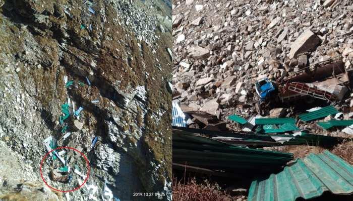 हिमाचल के मनाली में गहरी खाई में जा गिरा ट्रक, 2 की मौत