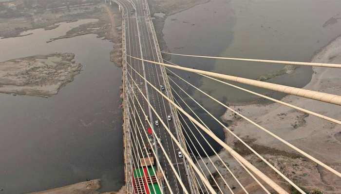 इतने दिनों के लिए बंद हो जाएगा सिग्नेचर ब्रिज, हैवी मशीन को हटाने का किया जाएगा काम