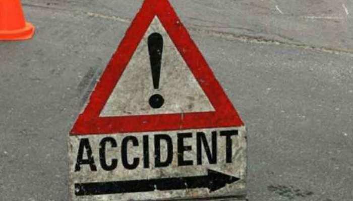 दतिया: भीषण सड़क हादसे में चार महिलाओं की मौत, 20 अन्य घायल