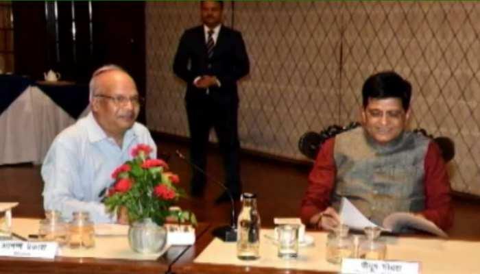 मंत्री पीयूष गोयल ने किया जयपुर दौरा, रेलवे अधिकारियों के साथ की समीक्षा बैठक