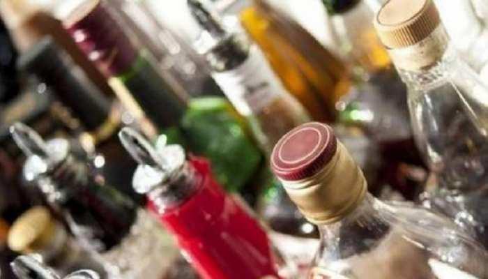 गोपालगंज: पुलिस ने जब्त की 200 बोतल देशी शराब, एक तस्कर को किया गिरफ्तार