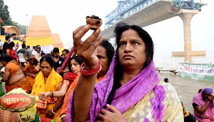पटना: छठ की तैयारी में जुटा प्रशासन, गंगा नदी में तैनात रहेंगे NDRF के 450 जवान