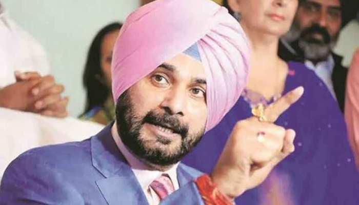 सिद्धू ने लिखी विदेश मंत्री और मुख्यमंत्री अमरिंदर सिंह को चिट्ठी, PAK जाने की मांगी इजाजत