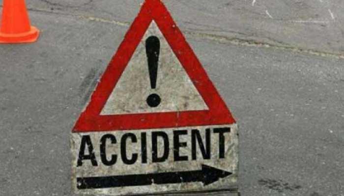 बिक्रम: ट्रैक्टर-ऑटो में हुई जोरदार टक्कर, एक की मौत, चार घायल