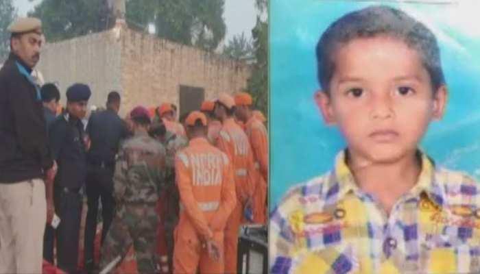 करनाल: बोरवेल में गिरी 5 साल की मासूम, लंबे ऑपरेशन के बाद NDRF ने निकाला बाहर, हुई मौत
