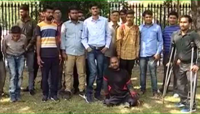 जयपुर: विवादों में अटका LDC भर्ती में दिव्यांगों के आरक्षण का कोटा, अभ्यर्थी कर रहे नियुक्ति की मांग
