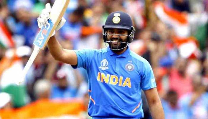 100 टी20 मैच खेलने वाले पहले भारतीय बने रोहित शर्मा, राजकोट में बनाया रिकॉर्ड