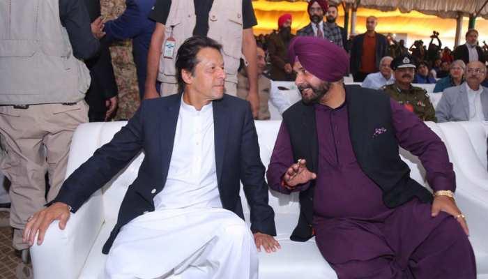 पाकिस्तान की धरती से कांग्रेस नेता सिद्धू ने फिर की इमरान खान की तारीफ