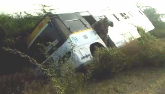 बारां: राष्ट्रीय राजमार्ग 27 पर पलटी दो बसें, एक दर्जन से ज्यादा लोग घायल
