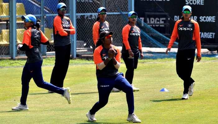 भारत की 10 विकेट से रिकॉर्ड जीत, 15 साल की शेफाली ने फिर लगाई फिफ्टी