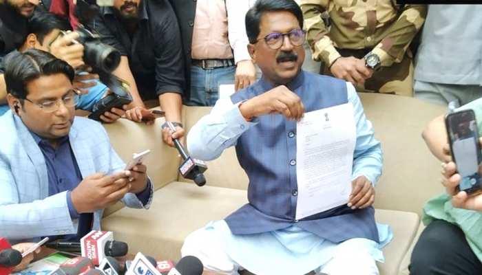 शिवसेना नेता अरविंद सावंत का मोदी कैबिनेट से इस्तीफा, कहा- केंद्र में बने रहना नैतिक रूप से सही नहीं