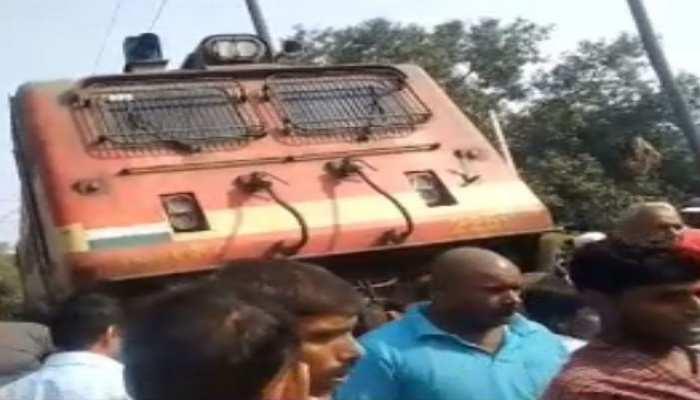 नालंदा: LPG से लदी पिकअप वैन ट्रेन से टकराई, 2 लोग गंभीर रूप से हुए घायल