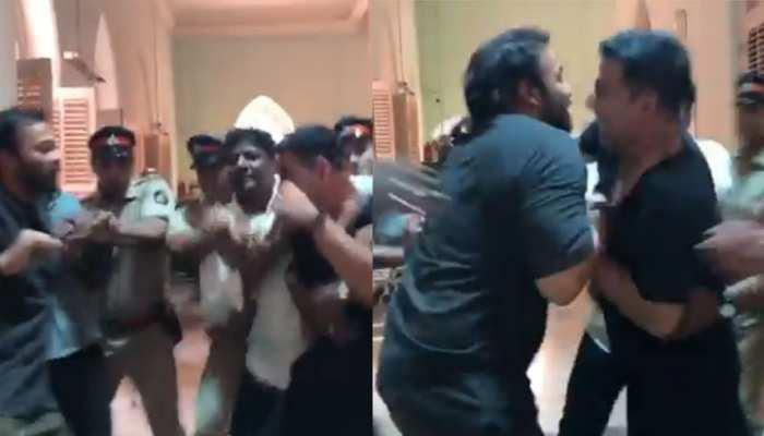 अक्षय कुमार और रोहित शेट्टी में हुई हाथापाई, पुलिस ने कराया बीच-बचाव VIDEO VIRAL