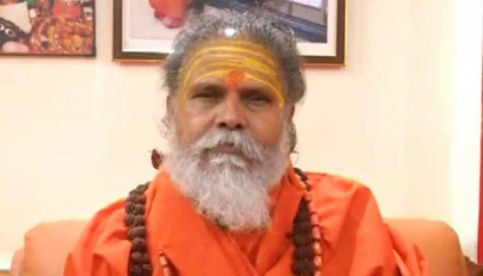 महंत नरेंद्र गिरी ने की मांग, कहा- राम मंदिर ट्रस्ट में शामिल हों सीएम योगी आदित्यनाथ