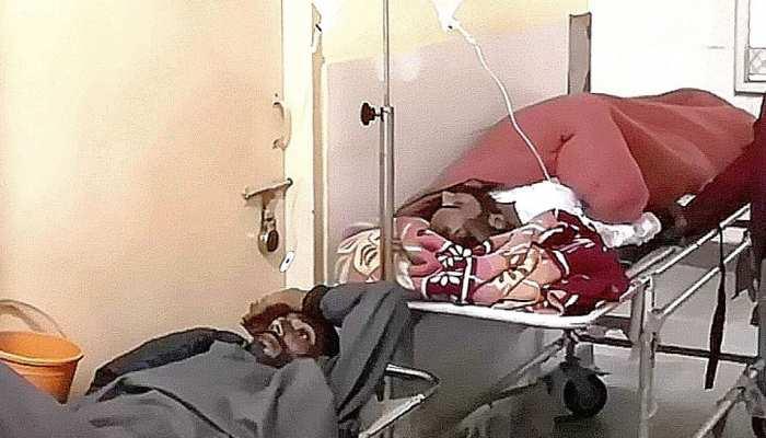 हनुमानगढ़: जिला अस्पताल में अव्यवस्थाओं का आलम, मरीजों को नहीं मिल रहे बेड