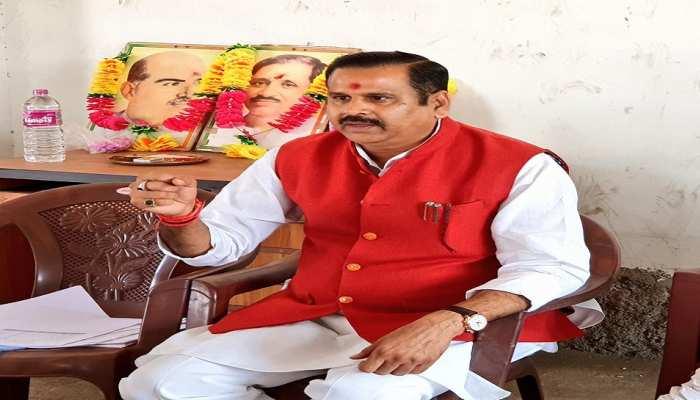 चतरा: BJP नेता ने कहा- पार्टी से बड़ा कुछ नहीं, राज्य में दोबारा आएगी रघुवर सरकार