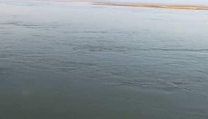 पटना: नहाने लायक भी नहीं बचा का गंगा का जल, जांच में हुआ चौंकाने वाला खुलासा