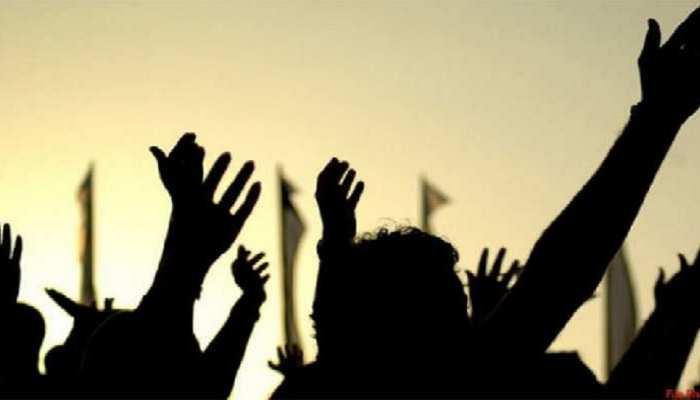 लखीसराय: किसानों ने किया विरोध प्रदर्शन, कृषि अधिकारी पर लगाए गंभीर आरोप