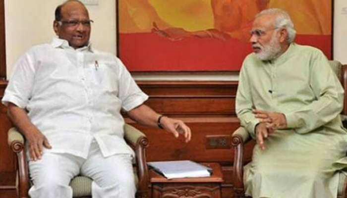 महाराष्ट्र के सियासी संकट के बीच PM मोदी से मिले पवार, वित्त मंत्री को भी बुलाया गया