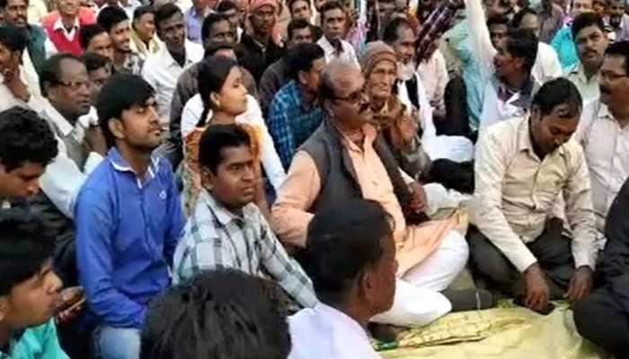 झारखंड: आजसू नेता माधव चंद्र ने दिखाई ताकत, कार्यक्रम मे BJP कार्यकर्ता भी हुए शामिल