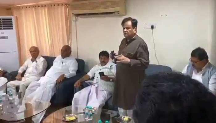 कांग्रेस विधायकों से अहमद पटेल बोले- BJP ने हमें चैंलेंज दिया, उसे मात देना जरूरी है