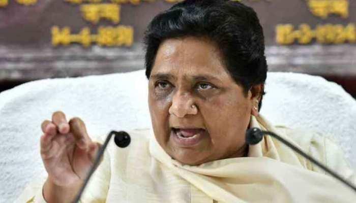 UP: बीएसपी ने चार विधायकों को किया पार्टी से बाहर, थाम सकते हैं सपा का दामन