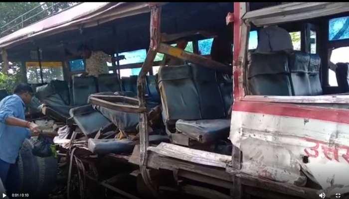 बांदा में ट्रक-रोडवेज बस की जोरदार भिड़ंत, 9 लोगों की मौत, कई घायल