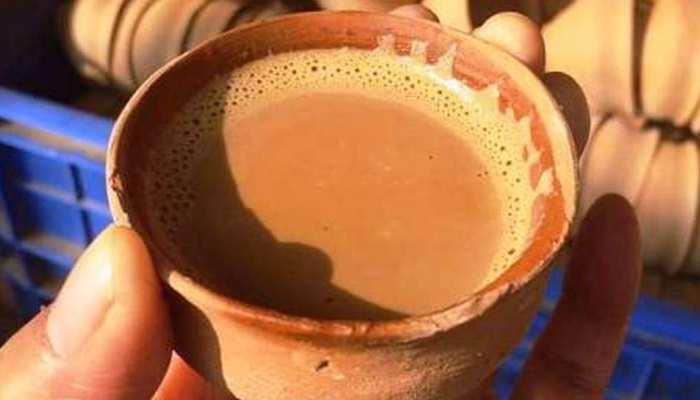 ट्रेनों में फिर लौट रही है कुल्हड़ वाली चाय, इन 25 स्टेशनों पर शुरू होगी बिक्री