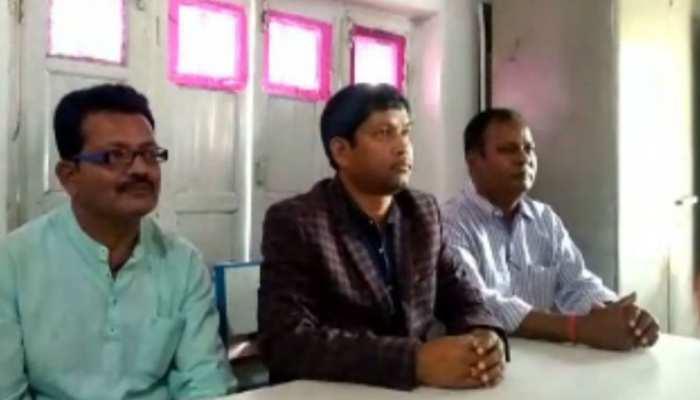 झारखंड चुनाव: कांग्रेस को हजारीबाग में लगा बड़ा झटका, वरिष्ठ नेता शिवलाल महतो ने दिया इस्तीफा