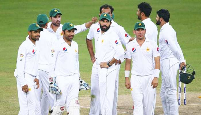 AUSvsPAK: पाकिस्तान फिर पस्त, फॉलोऑन बचाना भी मुश्किल, पारी की हार का खतरा