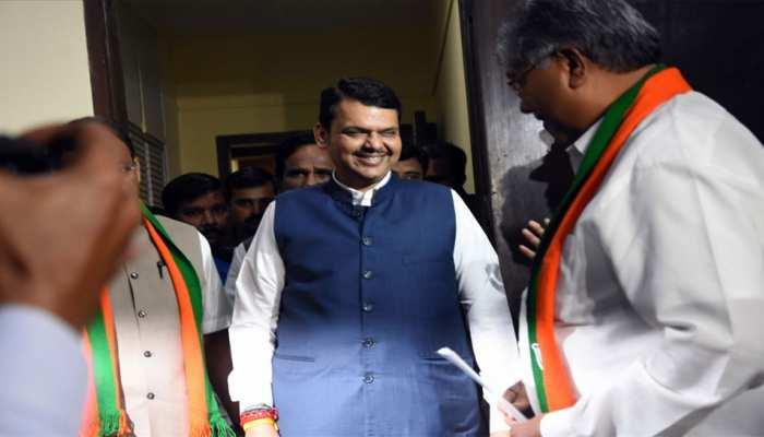 महाराष्ट्र: विधानसभा में नेता विपक्ष चुने गए देवेंद्र फडणवीस